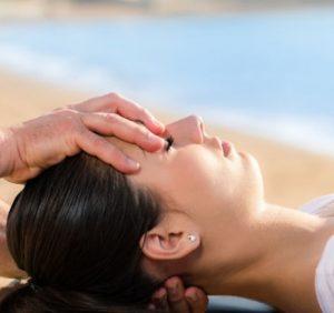 Soin ostéopathie à la tête